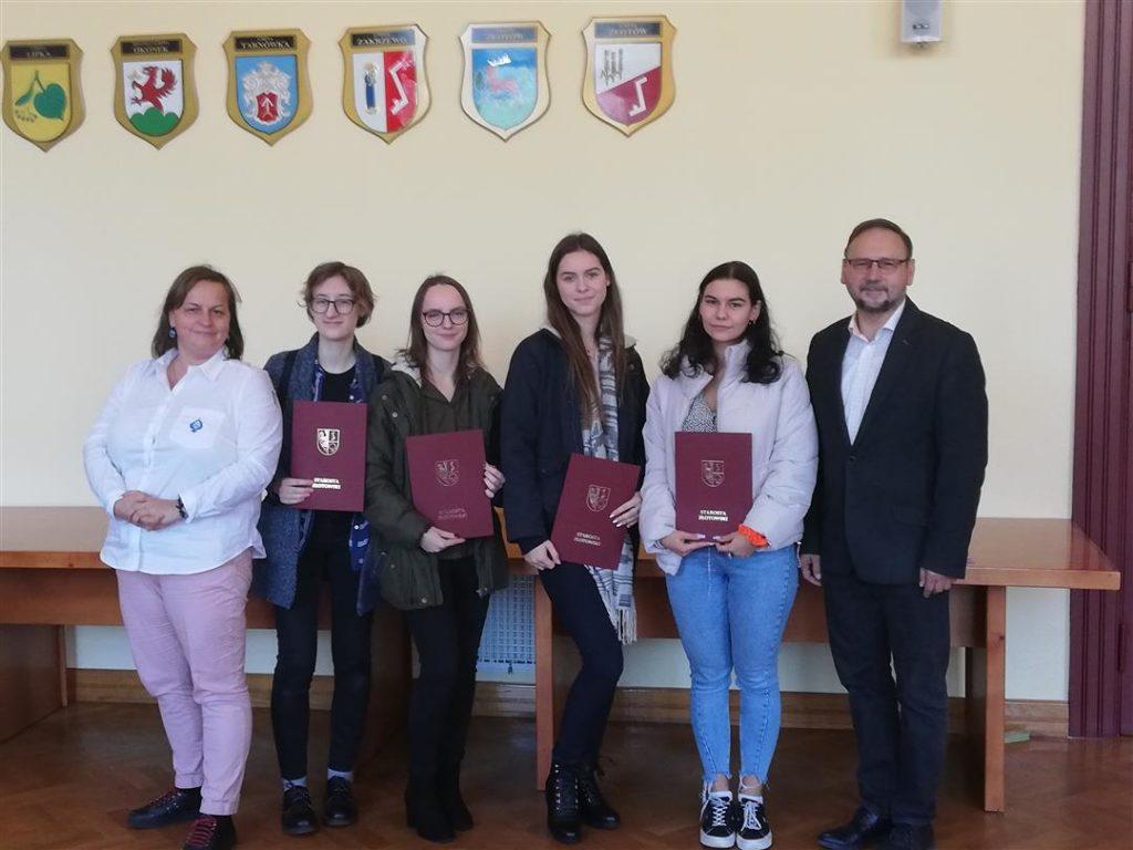 Sukcesy uczniów klas przyrodniczych II LO ZSE na Olimpiadzie Ekologicznej