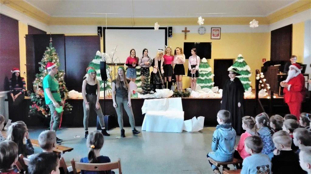 Ho! Ho! Ho!, czyli Mikołaj i przedszkolaki w ZSE